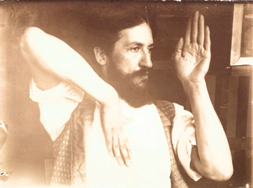 <h3>A young mondrian practises metaphysics</h3> Early photographs such as the one shown here, illustrates mondrians lifelong commitment to metaphysical teachings that were popular during the early 20th centuary. Like mondrian, the Irish poet Yeast was also a card carrying number of Thesophical Society.